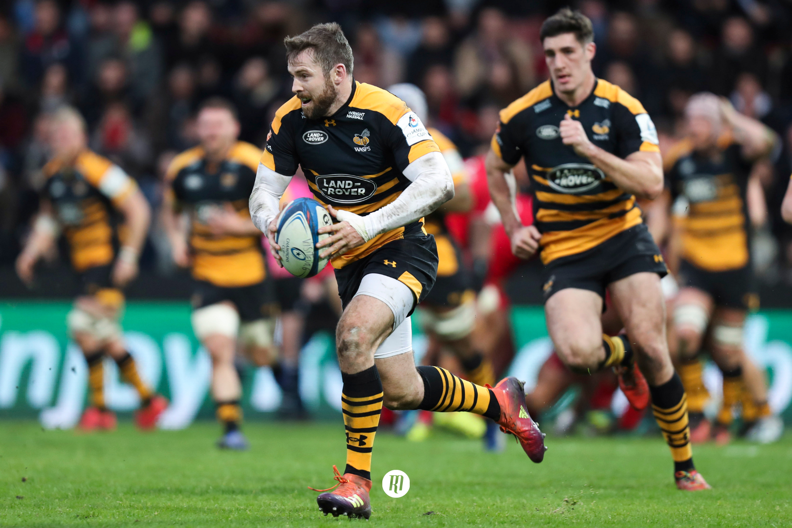 Two-try Hughes returns to pre-England form in Worcester victory, while Solomons bemoans Warriors' lack of pressure
